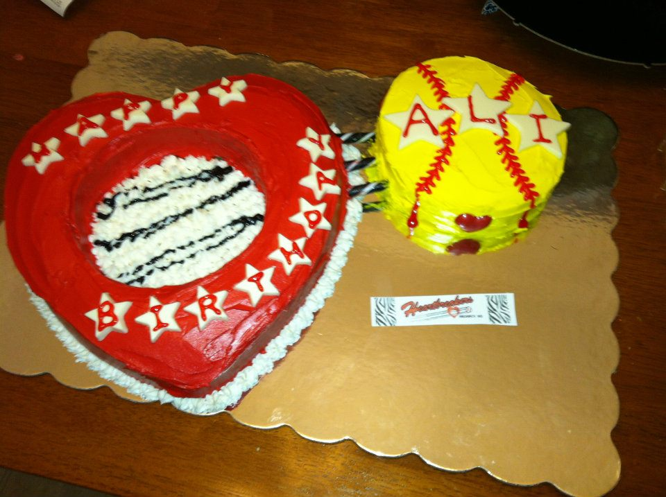 Birthday Cake Pics With Name Ali : Softball Cakes & Cupcakes Sweet Sweet Muffins