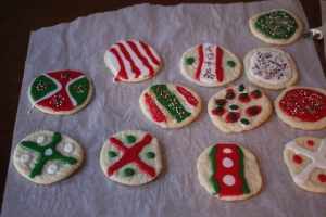 More Christmas-themed cookies