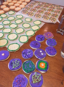 Some cookies completed - so many more to finish up!