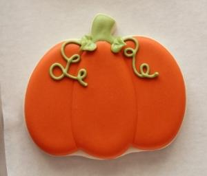 Decorated-Pumpkin-Cookies-3-480x410